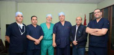نجاح جراحتين للتخلص من السمنة بالمنظار في جامعة طنطا