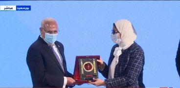 وزيرة الصحة ومحافظ بورسعيد