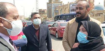 في مشهد جنائزي مهيب.. أهالي بني سويف يشيعون جثمان الطبيب علي الحاجري