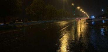 أمطار  على مكة المكرمة ومناطق متفرقة من السعودية«فيديو» و«صور»