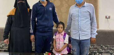 رجال الأمن أعادوا الطفلة إلى أهلها