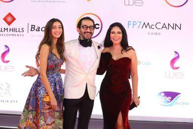 """نجوم الفن على """"الريد كاربت"""" بمهرجان القاهرة السينمائى الدولي في دورته الـ42"""