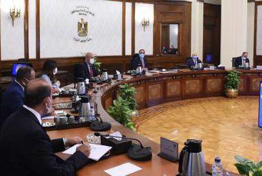 رئيس الوزراء يتابع موقف تنفيذ مشروعات الكهرباء فى المبادرة الرئاسية حياة كريمة