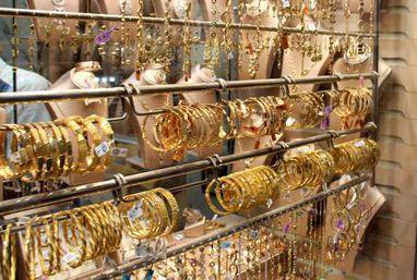 تزايد الإقبال على شراء الذهب بالغربية في ظل ارتفاع أسعاره