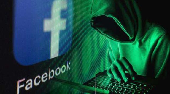 """تحذيرات من خطورة تطبيقات الألعاب على """"فيس بوك"""": جواسيس وبيسرقوك"""