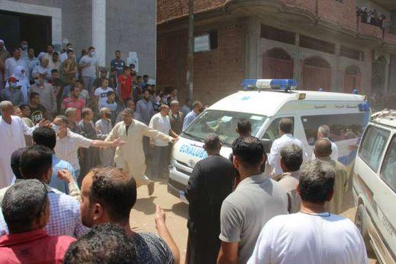 أهالي سمنود يشيعون جثامين ضحايا تفجير لبنان