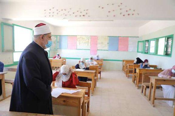 وكيل الأزهر يتفقد لجان امتحانات الثانوية الأزهرية 2021