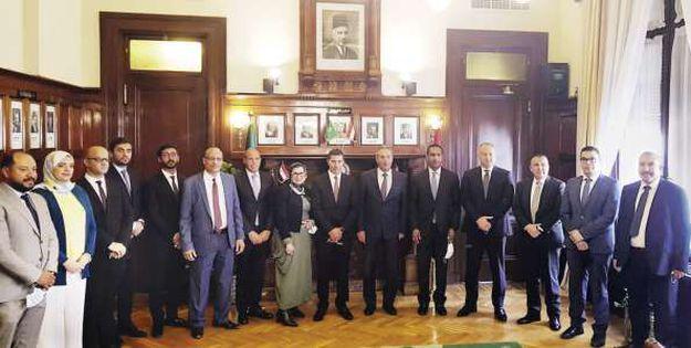 بنك مصر و«بى إم» للتأجير التمويلى يوقعان عقد تمويل