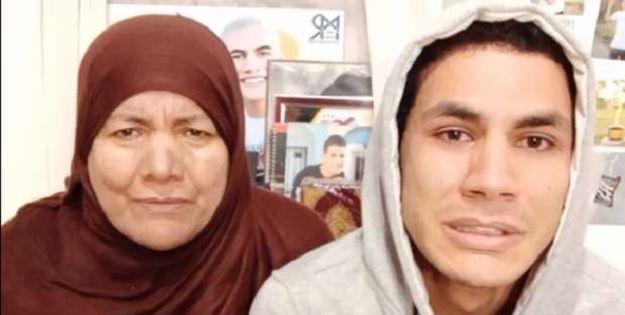 محمد قمصان ووالدته