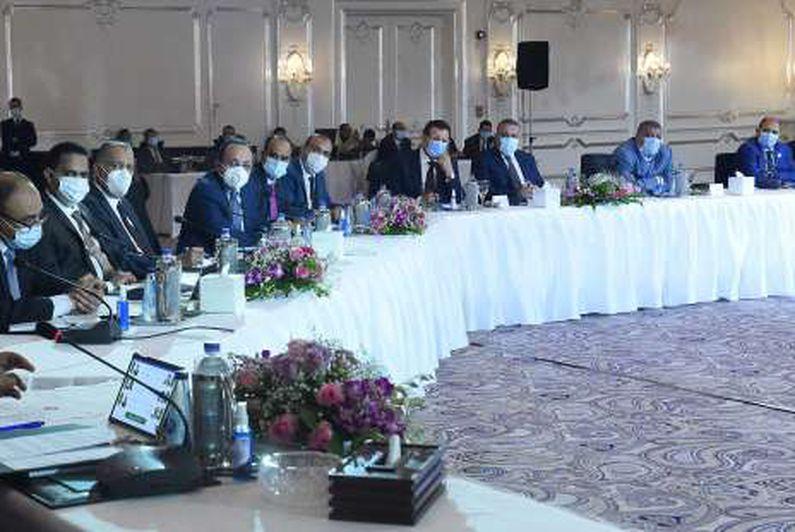 اجتماع رئيس الوزراء مع رؤساء اللجان النوعية بمجلس النواب