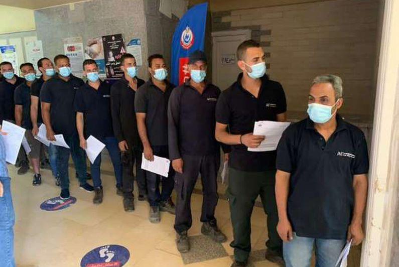 القوى العاملة تتابع تطعيم العاملين بالمناطق الصناعية للوقاية بلقاح كورونا