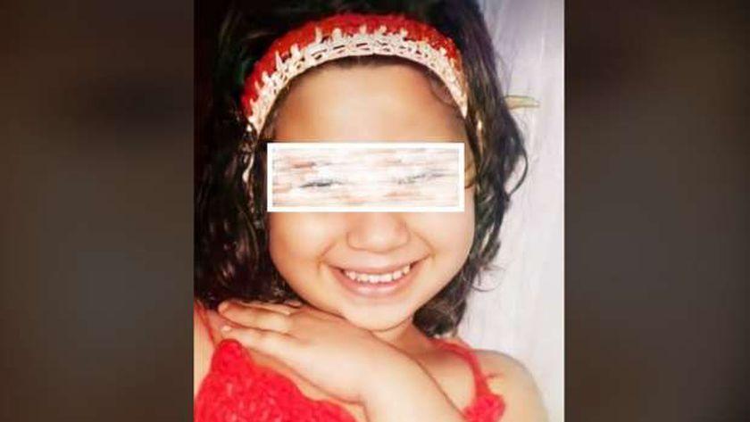 الطفلة ريماس ضحية جريمة قتل دكرنس في الدقلهية