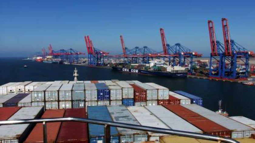 الميناء المحوري بشرق بورسعيد