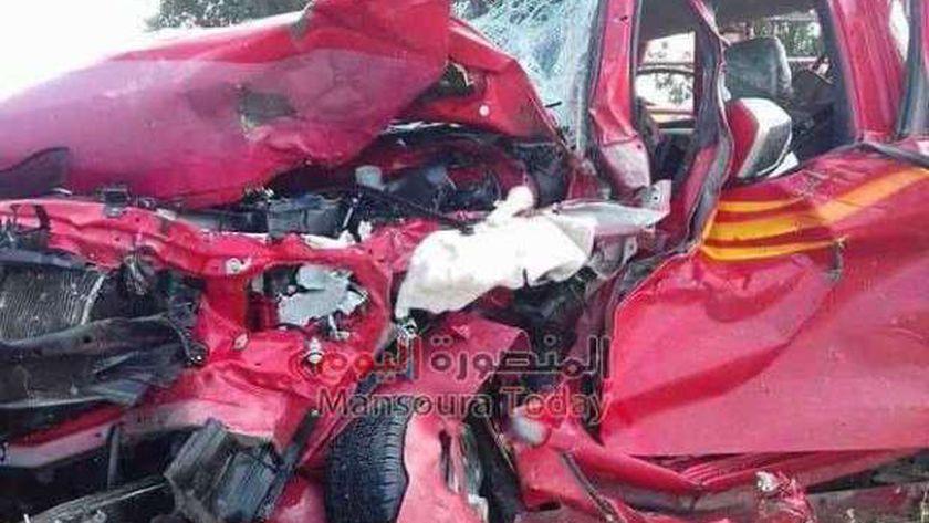 وفاة شخص وإصابة آخر في حادث تصادم سيارتين بالفيوم