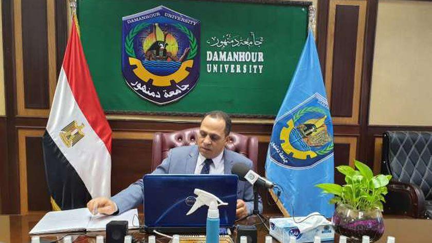 رئيس جامعة دمنهور