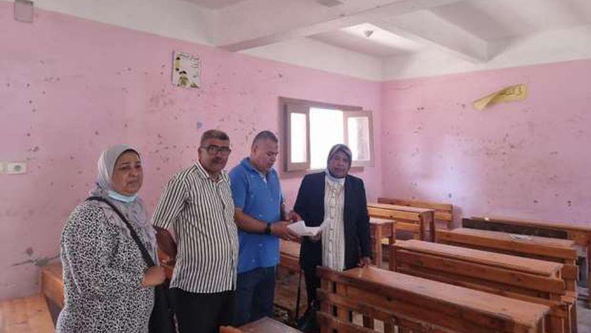 المدرسة التي اشيع انهيار سقف فصلها في الإسكندرية