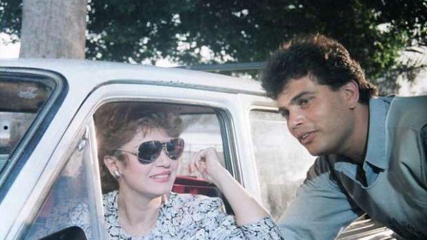 عمرو دياب مع مديحة كامل في فيلم «العفاريت»