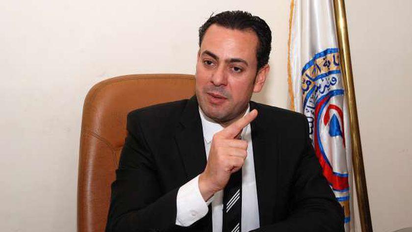 الدكتور مصطفى الوكيل عضو مجلس نقابة الصيادلة الواقعة تحت الحراسة القضائية
