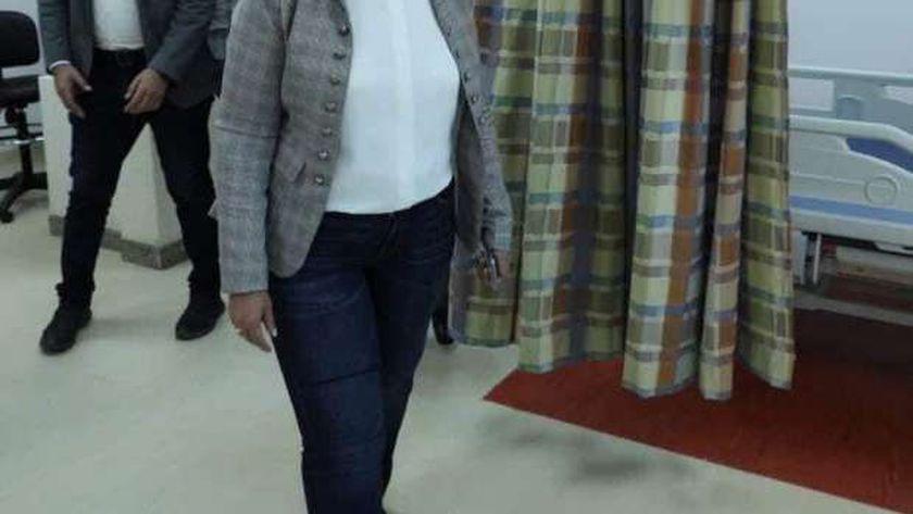 وزيرة الصحة خلال الزيارة