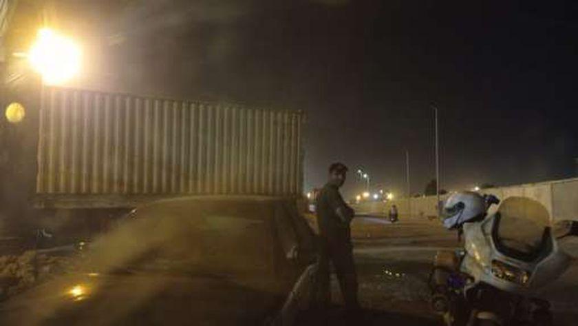 حريق داخل مخزن سيارات بميناء غرب بورسعيد