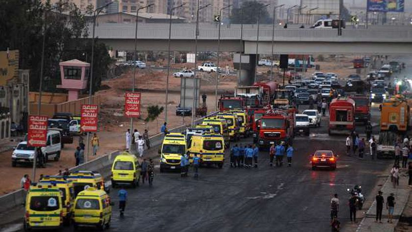 شاهد عيان يروي تفاصيل حريق خط بترول طريق مصر إسماعيلية
