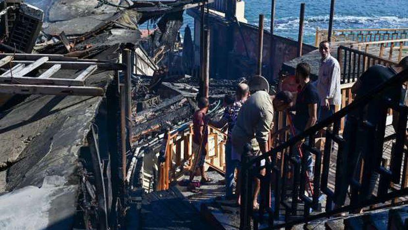 حريق مجمع مطاعم كورنيش الإسكندرية