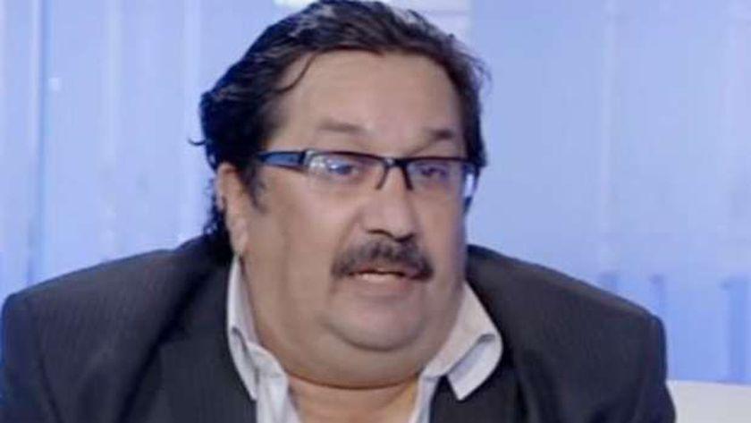 الكاتب الصحفي حازم منير
