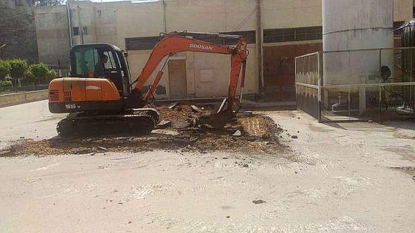 تجهيز مكان خزان الاكسجين بمستشفى سيدي سالم