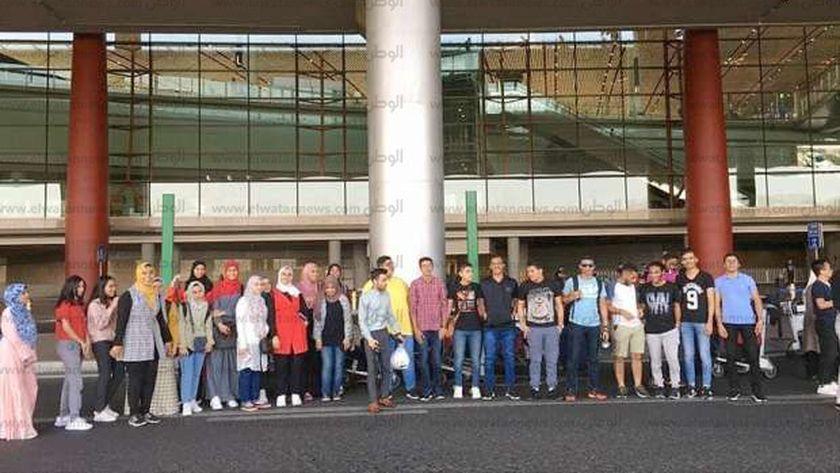 21 طالب من الكلية المصرية الصينية بجامعة القناة فى بكين للتدريب.