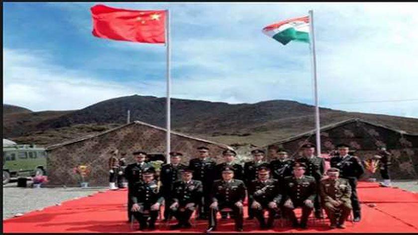 الجنود الحارسون بين الهند والصين