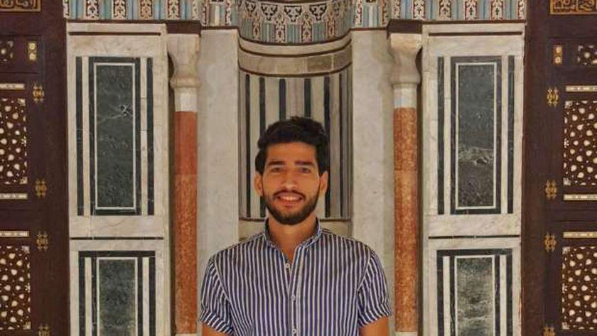 عمر حشاد الفائز بالمركز الأول بمسابقة وزارة الأوقاف للانشاد الدينى