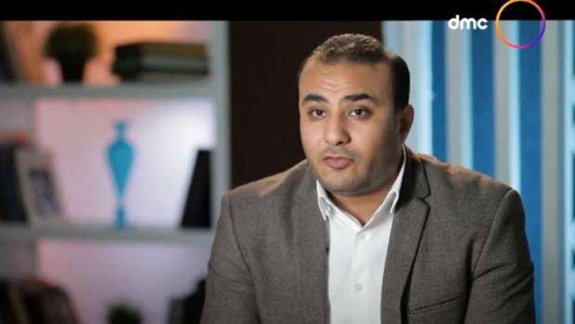 الكاتب الصحفي أحمد رجب، أحد شهود الإثبات في قضية إقتحام مكتب الإرشاد