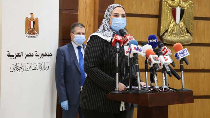 الدكتورة نفين القباج وزيرة التضامن الاجتماعي