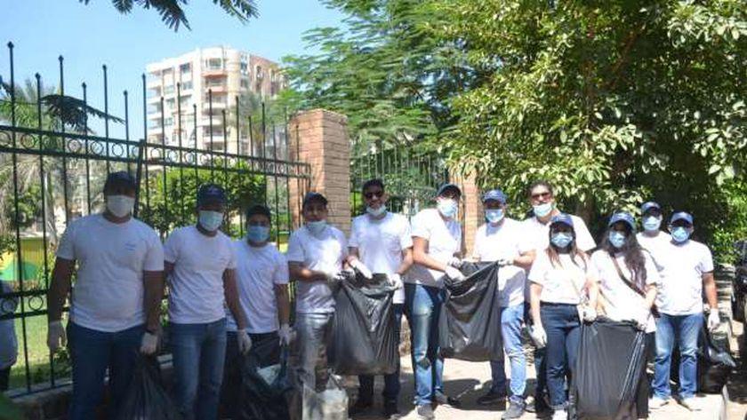 القاهرة تشارك فى يوم النظافة