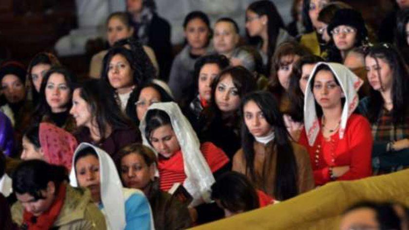 جانب من الصلاة بإحدى الكنائس في مصر