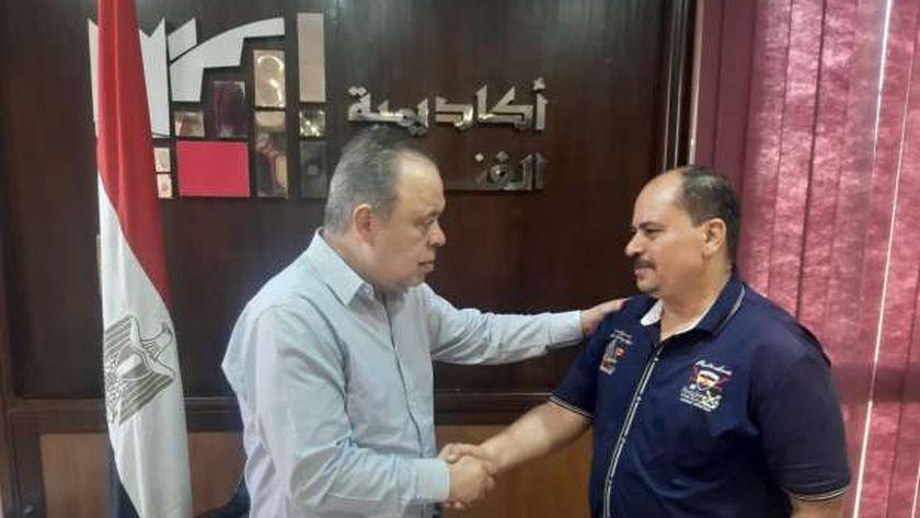 الدكتور أشرف زكي وشقيق الفنان عبد الرازق الشيمي