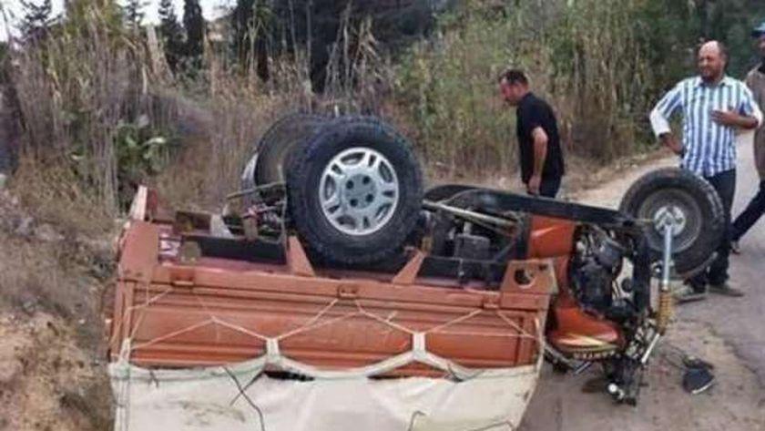 بينهم طفلين.. وفاة سيدة وإصابة 7 آخرين في حادث تصادم مروع بالفيوم