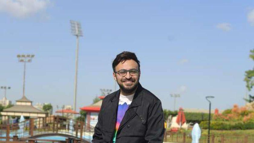 الإعلامي والكاتب أحمد يونس