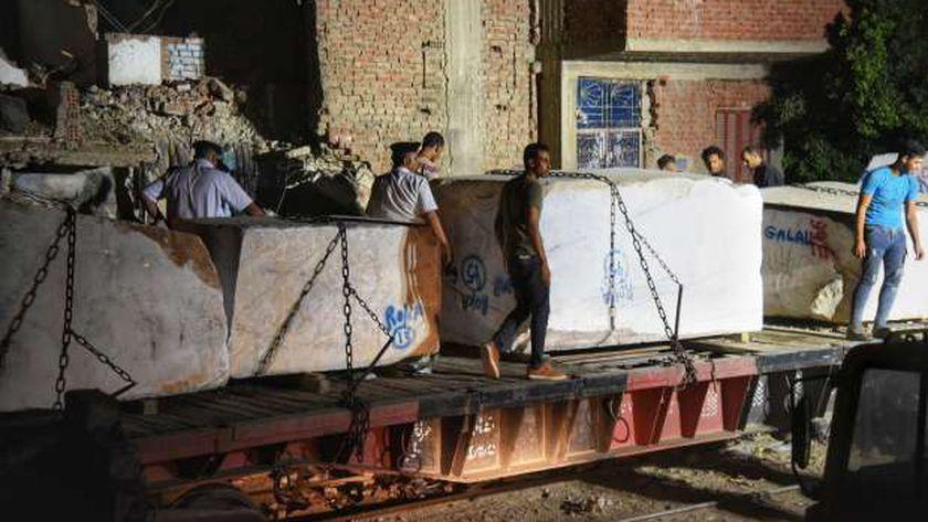 أجهزة وزارة النقل أثناء رفع آثار حادث قطار حلوان