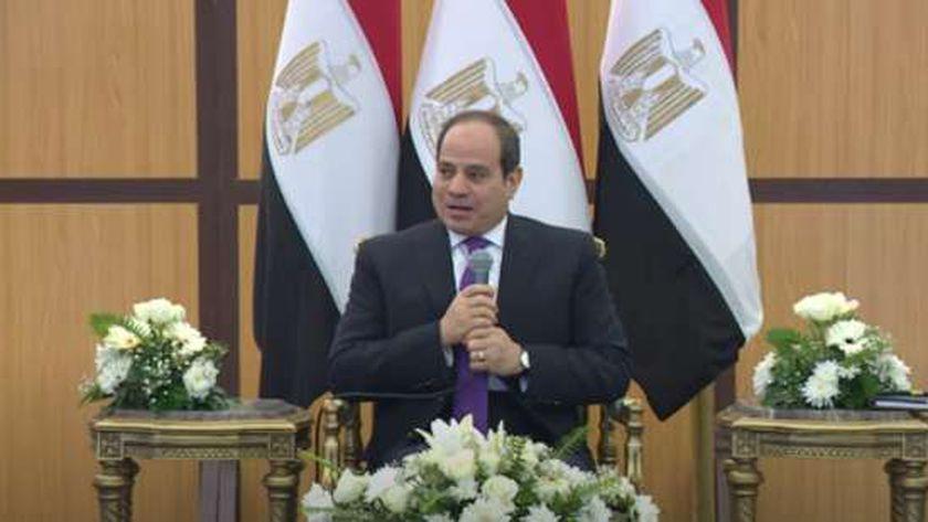 السيسي مع قادة القوات المسلحة
