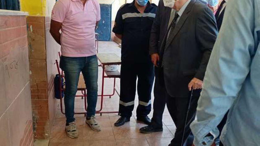 د. كمال الجنزورى حرص على الإدلاء بصوته فى انتخابات مجلس الشيوخ