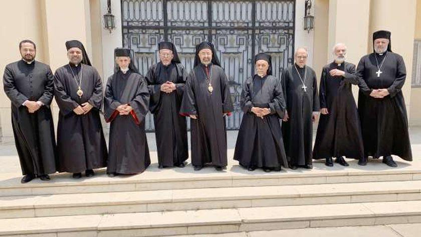 أعضاء سينودس الكاثوليك