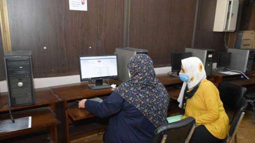 معامل تنسيق جامعة القاهرة استقبلت طلاب الثانوية لتقليل الاغتراب