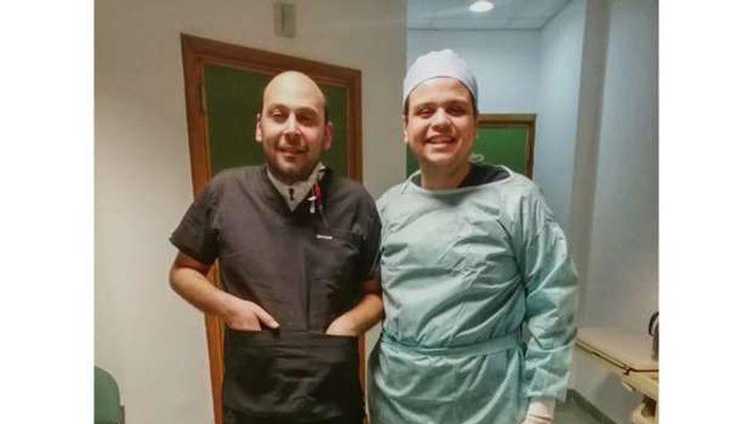 الدكتور محمود سامى، فى المركز الطبي العالمي