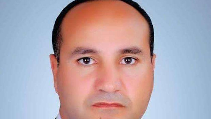 رئيس مركز ومدينة قطور