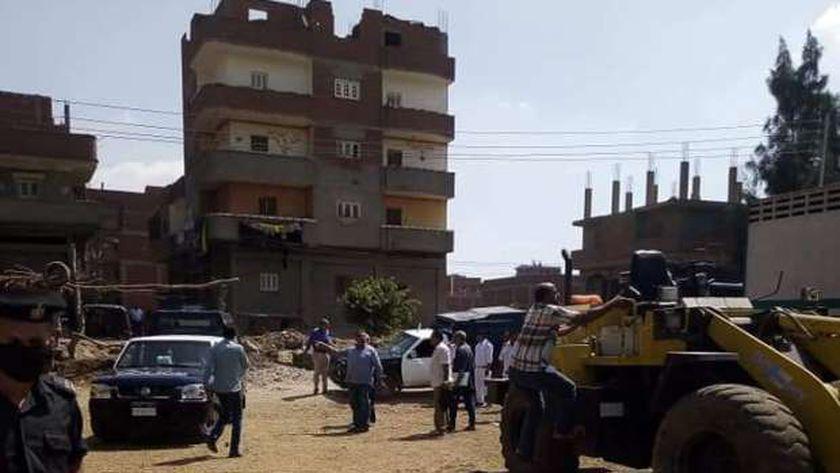 استرداد قطعة أرض مغتصبة لإقامة مجمع مدارس