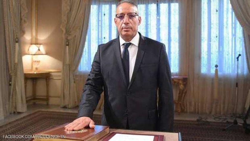 رضا غرسلاوي وزير الداخلية التونسي الجديد يؤدي اليمين الدستوري