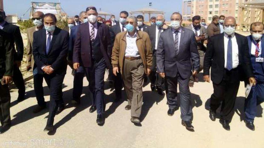 جانب من زيارة وزير الكهرباء ووفد رومسى ومصرى للمدرسة النووية بالضبعة