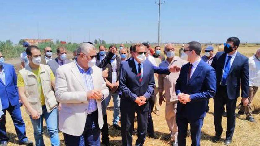 زيارة وزير الزراعة لكفر الشيخ
