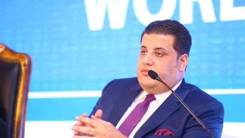 مصطفى زمزم رئيس مجلس أمناء مؤسسة صناع الخير